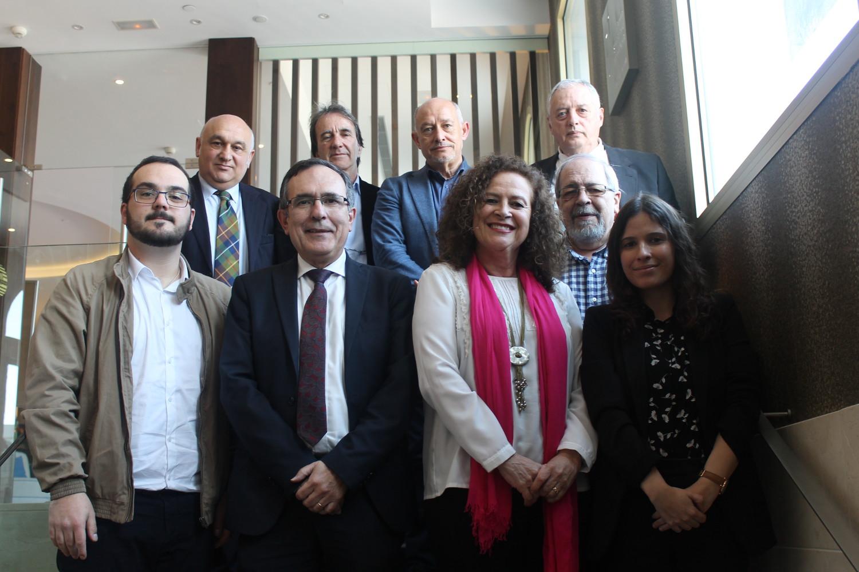 Club Prensa. Foto alcaldes con miembros Club de Prensa.